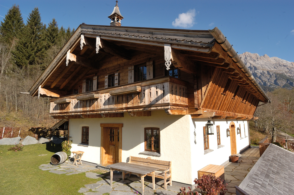 Chalet S